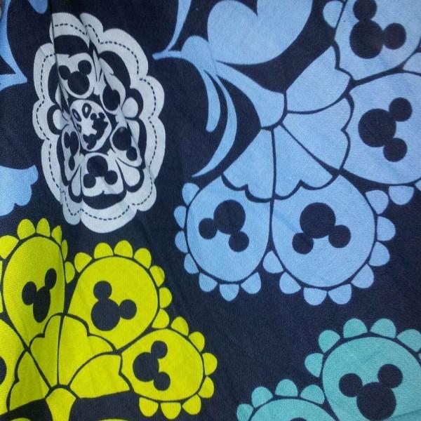 2013 Disney  fabric Vera Bradley fabric Remnant 100% Cotton Lola Mickey 1 Yard