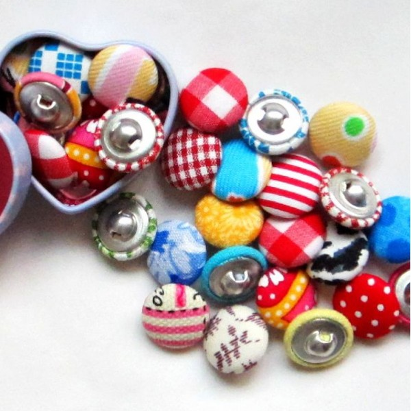 Fabric Covered Buttons in Assorted Colors (17mm, 50 in a set)