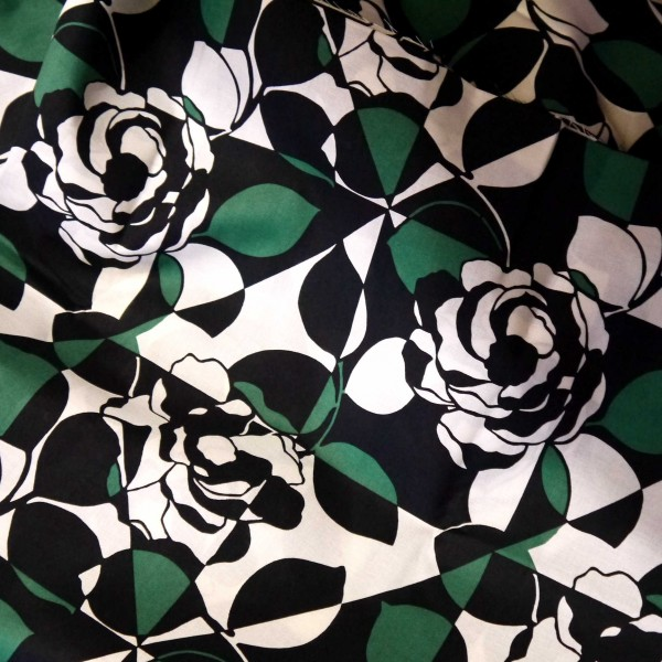 Vera Bradley 2016 Imperial Rose fabric Remnant 100% Cotton 1 Yard